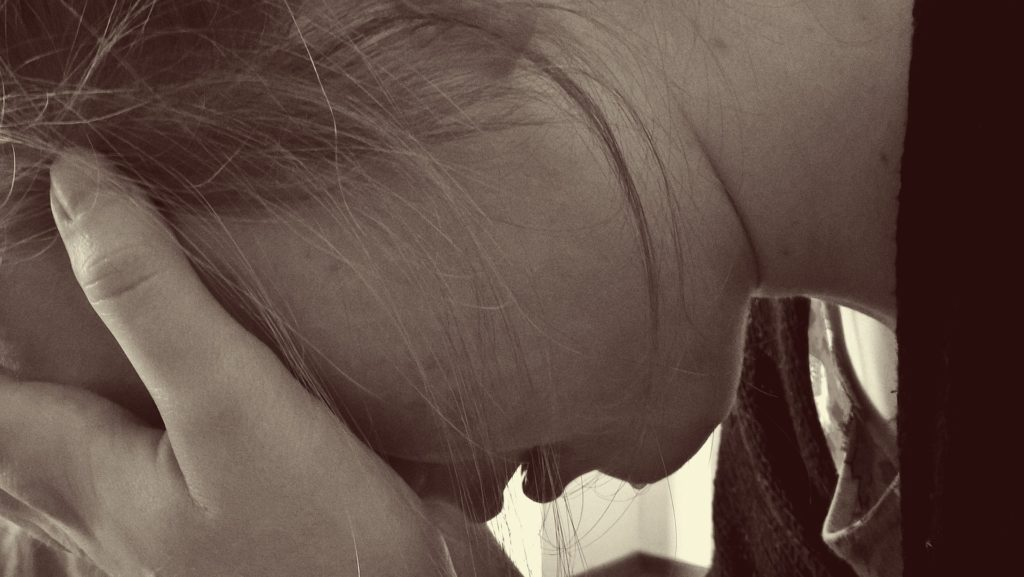 woman in psychological distress